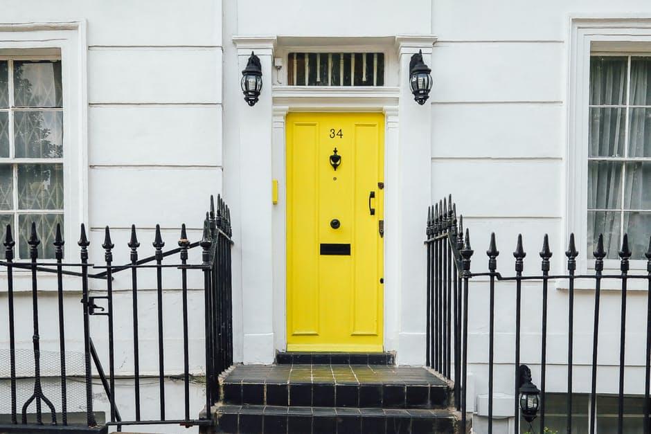 comment choisir sa porte d 39 entr e acheter r noveracheter r nover. Black Bedroom Furniture Sets. Home Design Ideas
