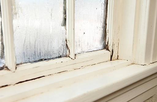 maison-fenetre-humidité