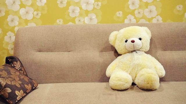 r nover avec du papier peint la bonne id e acheter r noveracheter r nover. Black Bedroom Furniture Sets. Home Design Ideas