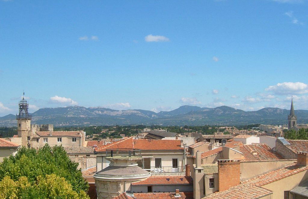 vue de la ville de Carpentras dans le Vaucluse